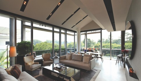 Along with the million-dollar views comes top notch furnishings. The $6.3 million price tag includes all the furniture and fittings of the unit.
